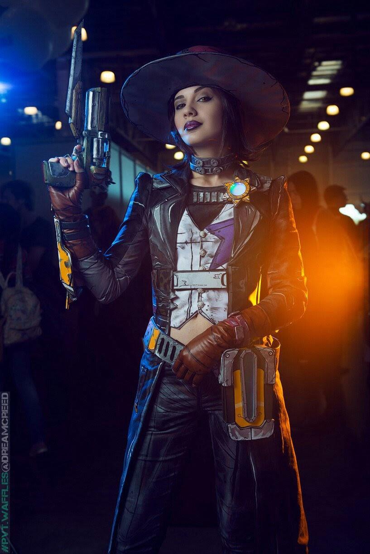 Nisha cosplay - Adelya_Harusame - Twitter